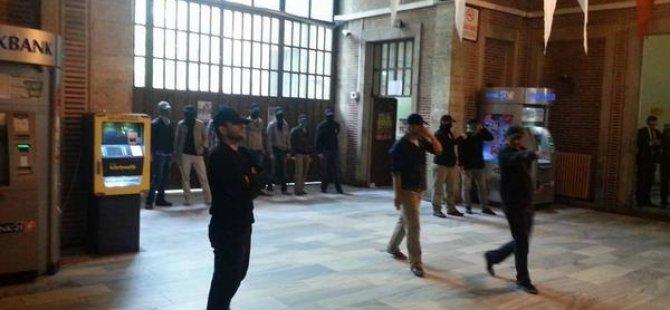 Müslüman Öğrenciler İÜ'deki Hakaretleri Cevapsız Bırakmadı