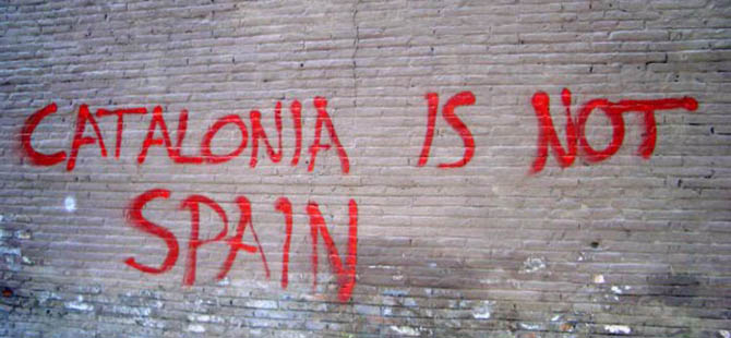Katalonya Referanduma Gidiyor