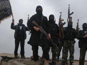 Nusra Türkiye Sınırındaki Noktaları Şam Cephesi'ne Devretti