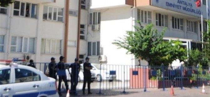5 İlde Operasyon: 14 Polis Gözaltında