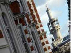 """Londra'da Müslümanlara Saldırılar """"Arttı"""""""