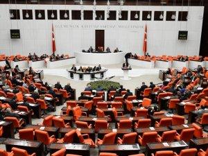 Meclis'te Sahte MİT Belgeli 5 Kişi Yakalandı!