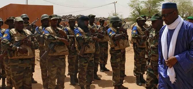 Mali'de BM Askerlerine Darbe