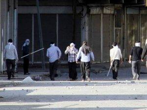 Van`da İslami Derneğe Saldırı