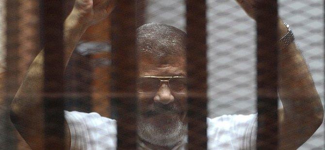Mursi'nin Avukatından BM'ye Çağrı