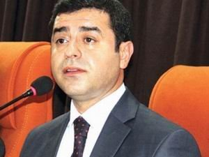 AK Parti'nin HDP Heyeti Belli Oldu