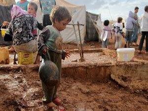 Irak'ta Sığınmacıların Çamur Çilesi Başladı