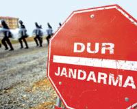 Diyarbakır-Bingöl Karayolunda Jandarma Müdahalesi