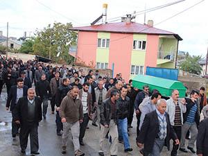 PKK Tarafından Katledilen Muhammed Latif Şener Toprağa Verildi