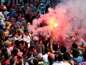 Mısır'da Öğrencilerin Darbe Karşıtı Gösterilerine Müdahale