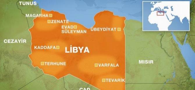Darbeci Hafter'in Savaş Uçakları Sivillere Bomba Yağdırdı!