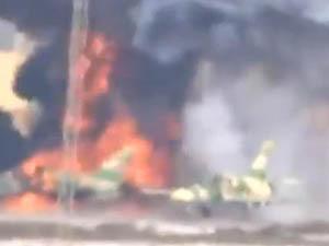 Suriyeli Muhalifler, Pistteki 2 Uçağı İmha Ettiler (VİDEO)