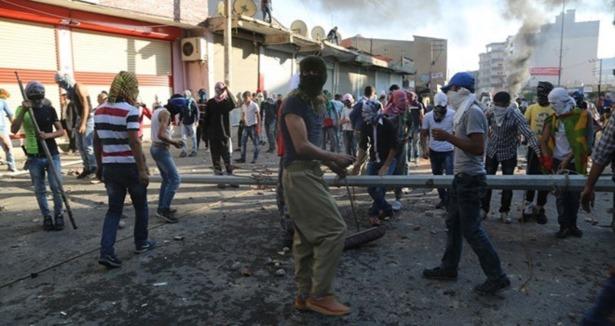 Diyarbakır Polisine Kobani Taltifi Nerden Çıktı?