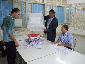 Tunus'taki Seçimlerde İlk Sonuçlar Geldi