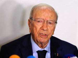 Tunus'ta Seçim Protestosu