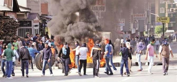 Kobani Siyasetinin Kimlik Talanı