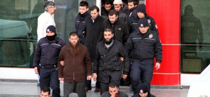 Van'daki El Kaide Davasında Dört Tahliye