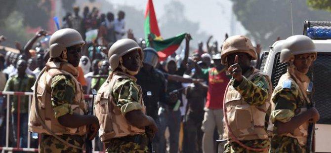 Burkina Faso'da Hükümet Askeri Darbeyle Feshedildi