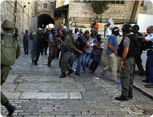 İsrail  20 Günde 401 Filistinliyi Gözaltına Aldı