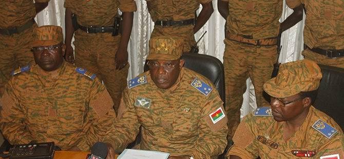 Burkina Faso'da Yönetim Orduda