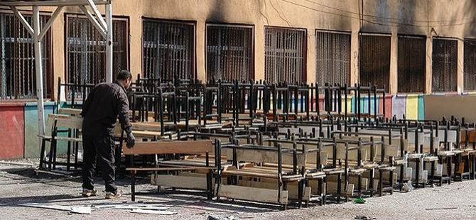 Kobani Saldırılarında 300 Okul Zarar Gördü