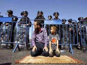 40 Yaşın Altındaki Müslümanlara Aksa Yasağı