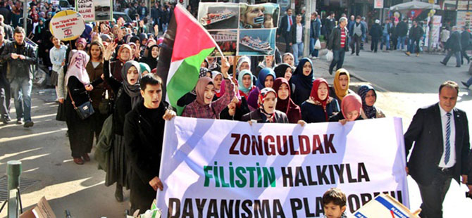 Zonguldak'ta İşgalci İsrail'i Protesto Yürüyüşü