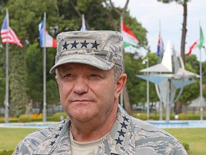 "NATO: ""Rus Birlikleri Ukrayna'ya Girdi"""