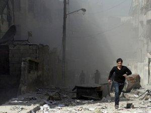 Esed Güçleri Yine Varil Bombasıyla Katletti