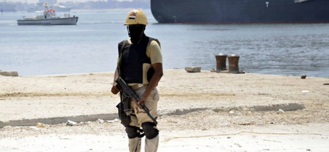 Mısır Ordusuna Denizde Saldırı