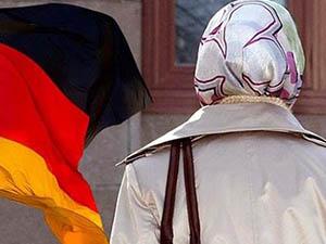 Alman Mahkemesi Başörtüsü Yasağını Onayladı
