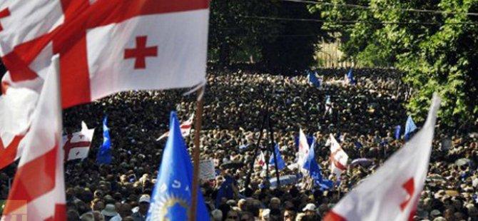 Gürcistan'da, Rusya Karşıtı Protesto Gösterisi