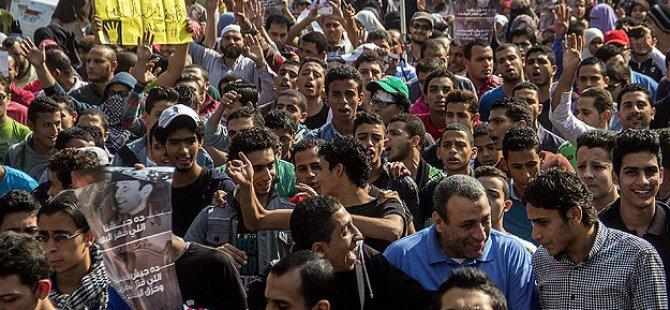 Selefi Cephe'den Mısırlı Gençlere İntifada Çağrısı