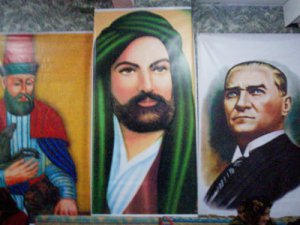 Kemalist Aleviler: Atatürk'ten Vazgeçmeyiz!