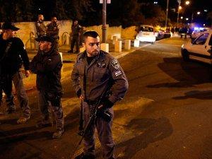 Kudüs'te Bir Siyonist Bıçakla Yaralandı