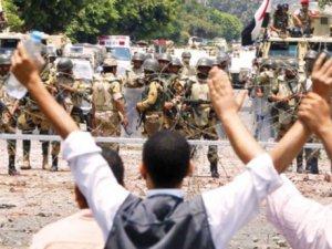 """Arap Diktatörleri İslami Yapılanlamaları """"Terörist"""" İlan Etti"""