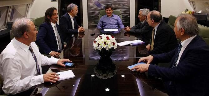 Davutoğlu: Çözüm Sürecinde Yabancı Göz Olmaz
