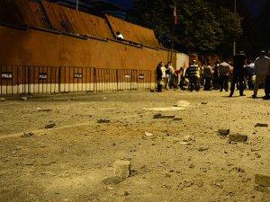 İsrail Büyükelçiliği'ne Taş Atan Çocuklara Hapis İstemi