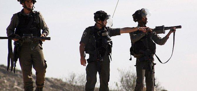 Siyonist İsrail Askerleri 8 Filistinliyi Yaraladı