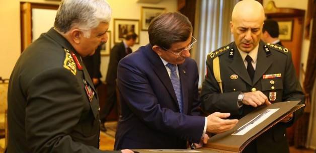Komutanlara Soruşturma Başbakanın İznine Bağlandı
