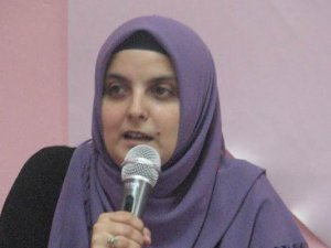 """Sakarya'da """"Kur'an'da Övülen ve Kınanan Kadınlar"""" Semineri"""