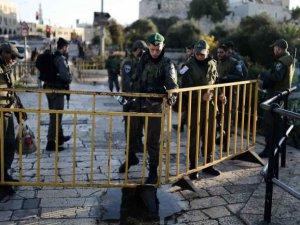 Kudüs'te  4 Siyonist Yaralandı