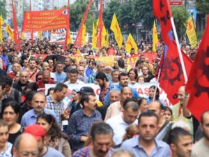 Mahçupyan: Alevilerden Hükümete Oy Gelme İhtimali Az!