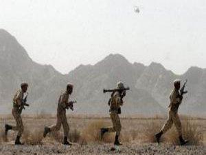 Pakistan Sınırında İranlı Askerlere Silahlı Saldırı