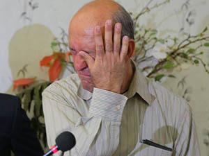 Başörtü Avcısı Profesör Cezaevine Giderken Ağladı