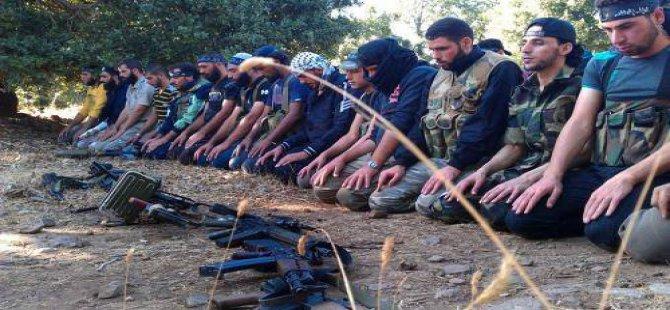 Direnişçiler Halep'te İki Bölgeyi Ele Geçirdi