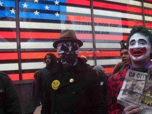 ABD'de Ferguson Öfkesi Dinmiyor