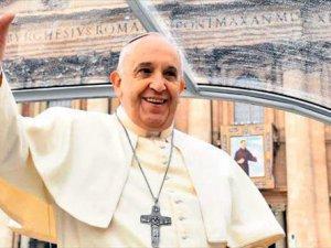 Papa Francis Vatikan'a 10 Mülteciyle Birlikte Dönecek