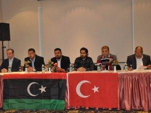 Libya'nın Geleceğini Eski Rejim Kalıntıları Çalıyor