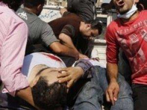 Mısır'da Darbe Karşıtlarına Kanlı Müdahale